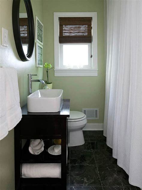 small bathroom remodels on a budget bathroom small
