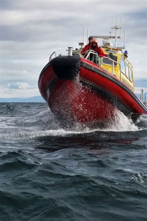 boat basin franchise marine search and rescue secures vessel adrift in sooke