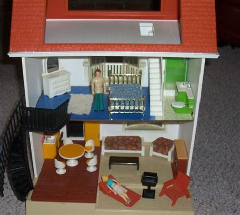 fisher price dolls house furniture vintage 70 s fisher price 3 story doll house 250 htf furniture appliances i think