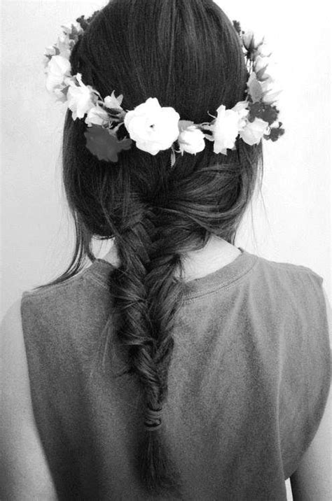 flower headband hairstyles tumblr flower crown and fishtail braid