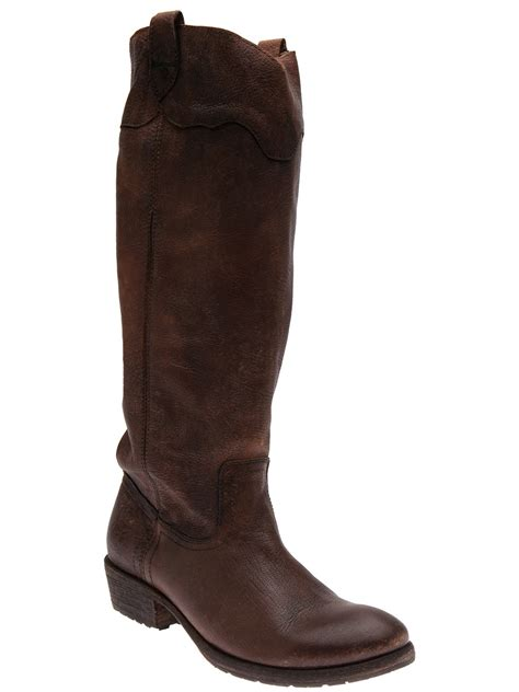 frye boots frye carson lug boot in brown cognac lyst
