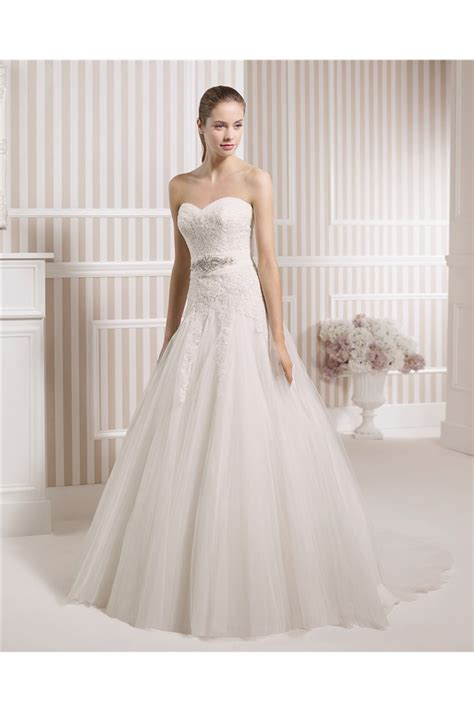 A Line Strapless Sweetheart Venice Lace Tulle Wedding Dress Crystal Belt Buttons
