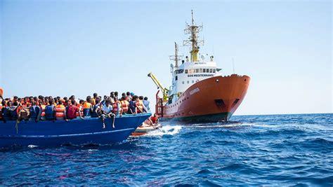 aquarius dernier bateau frontignan l aquarius le bateau de la vie est reparti