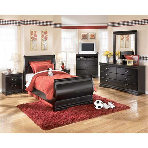 Bedroom Sets Clearance Huey Vineyard Bedroom Set Clearance Sale Save
