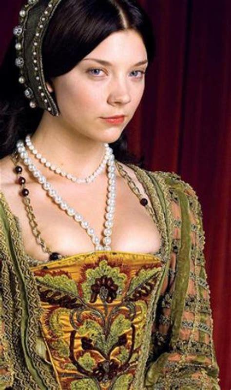 natalie dormer the tudor the tudors costumes boleyn