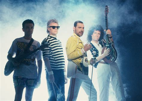 film biography band queenonline com about queen
