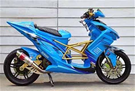 Modif Mio Sporty Touring by Yamaha Mio Modif Sporty Biru Inspirasi Motor Gp Oto Trendz