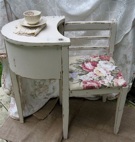 shabby chic telephone table best 25 gossip bench ideas on telephone table