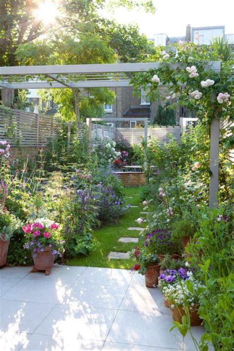 small simple garden ideas best 25 small garden design ideas on simple