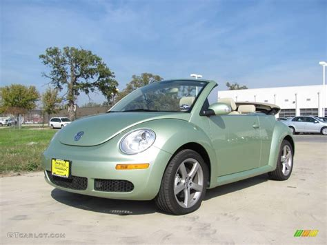 green volkswagen beetle convertible 2009 gecko green metallic volkswagen beetle 2 5