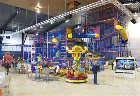 kinderen indoor overdekt speeltuin speelparadijs spelekids - Loosdrecht Binnenspeeltuin