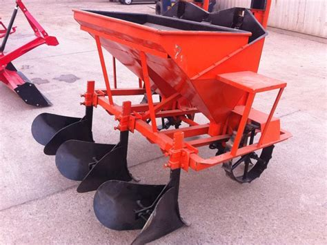 Potato Planters For Sale by Tractor Implements Potato Planter For Sale In Africa