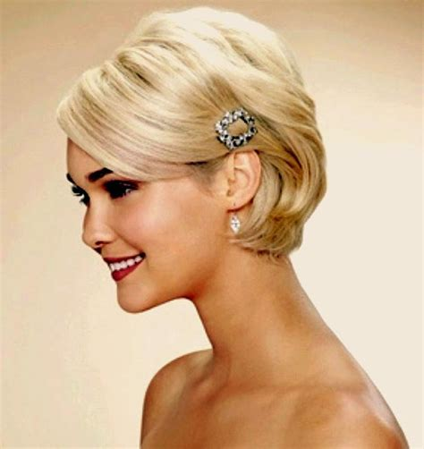 short haircuts styed with barrettes weekly inspiration our favorite wedding day hairstyles