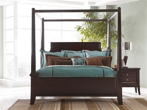 Cal King Poster Bedroom Sets by 17 Best Ideas About Furniture Clearance On