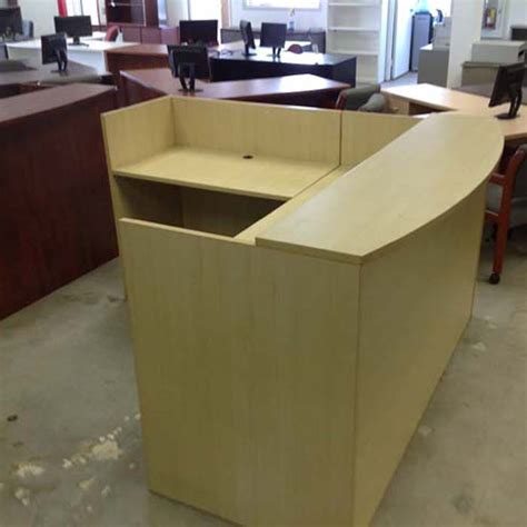 Used Reception Desks Advanced Liquidators Collection L Shape Reception Desk Maple