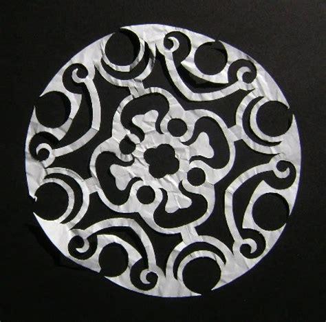 String Stencils - enthusiastic artist stencil as string