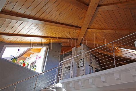 illuminazione tetti in legno interesting tetti a vista with tetti in legno a vista