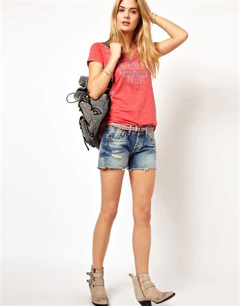 teen modelling nylons vipergirls teen modelling nylons vipergirls object moved