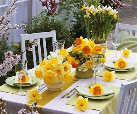 come imbandire la tavola idee per apparecchiare la tavola in primavera pinkitalia