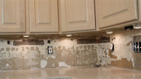 How To Install Under Cabinet Lighting Video Withheart How To Install Lights Kitchen Cabinets