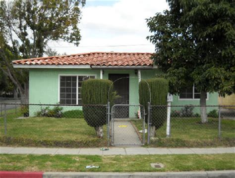 houses for sale in paramount 6801 san vicente st paramount ca 90723 get local real estate free foreclosure