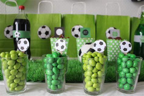 Decoration Anniversaire Football by Buffet Anniversaire Football Anniversaire