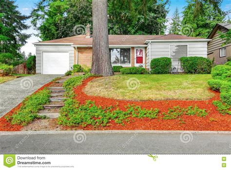 single story homes on tile american one story rambler house exterior stock image image of door 80759875