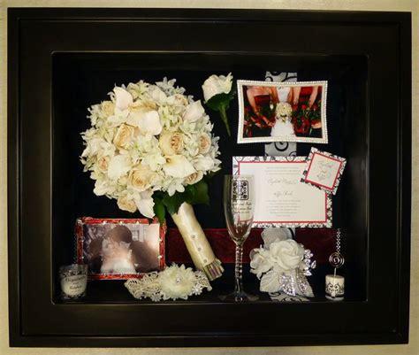wedding bouquet keepsake ideas preserved wedding bouquet flowers displayed in a custom