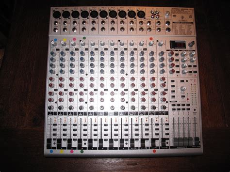 Mixer Behringer Eurorack Ub2442fx Pro behringer eurorack ub2442fx pro image 707319 audiofanzine