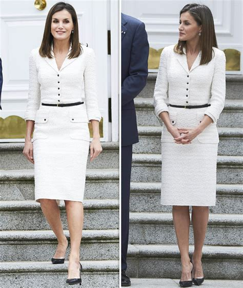 queen letizia is chic in white as she welcomes panamas queen letizia news spanish royal joins king felipe to