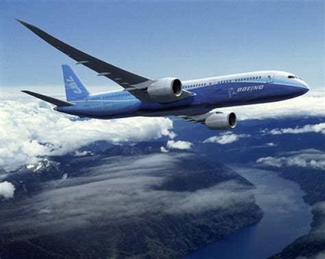 787 dreamliner airplane boeing commercial airplanes aerospaceweb org aircraft museum boeing 787 dreamliner