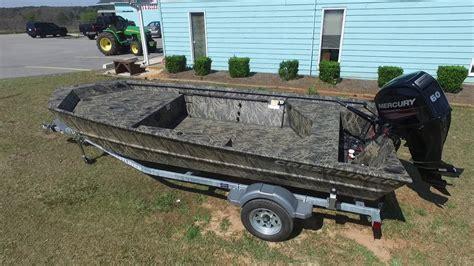 crestliner boats youtube 2017 crestliner 1756 retriever jon deluxe youtube