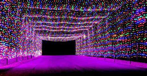 las vegas speedway lights glittering lights at las vegas motor speedway to
