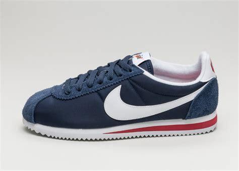 Nike Cortez Clasic nike classic cortez prm midnight navy white varsity asphaltgold