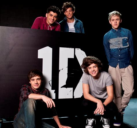 one direction themes for windows 8 1 one direction desktop background wallpapers chainimage