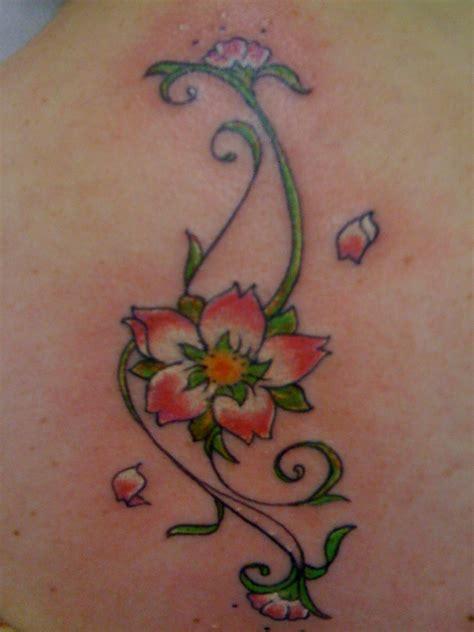 tatuaggi tribali fiori tatuaggi tribali fiori e tatuaggi