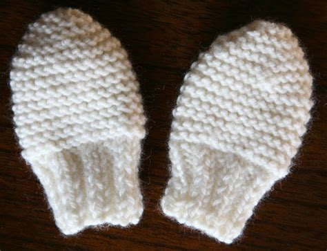 knitting pattern baby mittens free knitting pattern for easy baby mittens