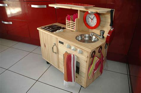 fabriquer cuisine bois enfant cuisine enfant bois