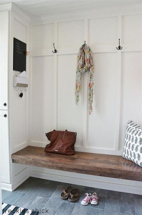 cute  functional entry    mud room