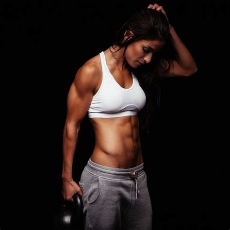 fare pesi a casa come fare sollevamento pesi per stare bene donna moderna