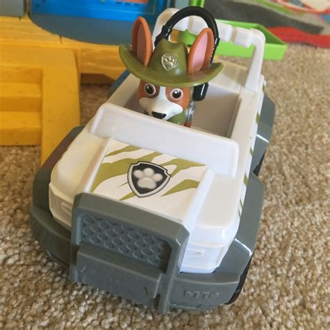 tracker jeep paw patrol paw patrol jungle rescue monkey temple playset with