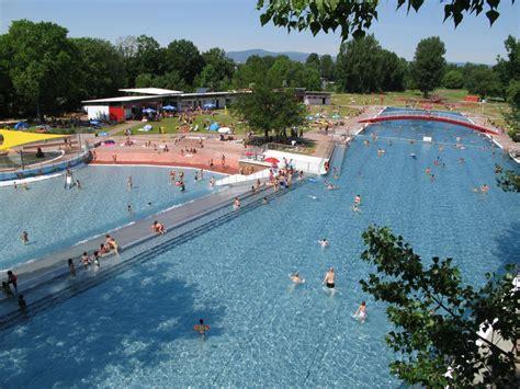 Swimming Pool Frankfurt by Open Air Pool Eschersheim Frankfurt Tourism