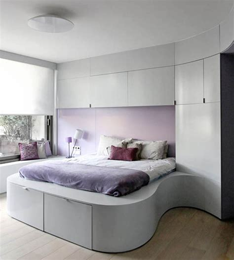 bed ideas tiny master bedroom decorating ideas pic 012