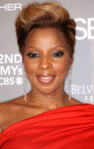 mary j blige flipped hair mary j blige essence black women in music event my