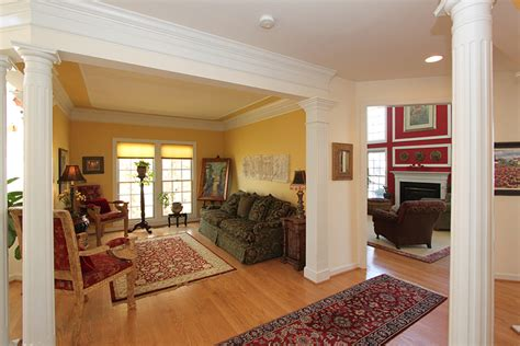 living room crown molding crown molding living room decorating clear
