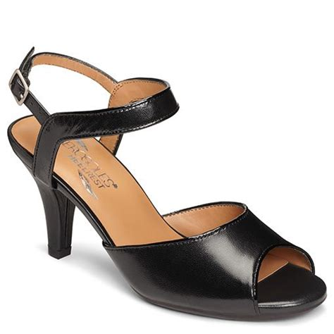 most comfortable dress sandals 157 best images about aerosoles the most comfortable