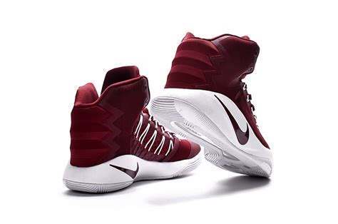 nike womens basketball shoes sale cheap nike hyperdunk 2016 gs maroon white basketball shoes