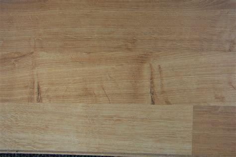 Brushed Oak laminate flooring suppliers,distributors in