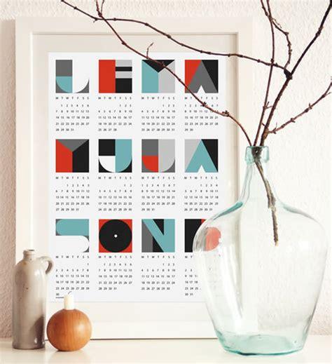 Handmade Calendar Designs - 60 unique 2013 calendar designs hongkiat