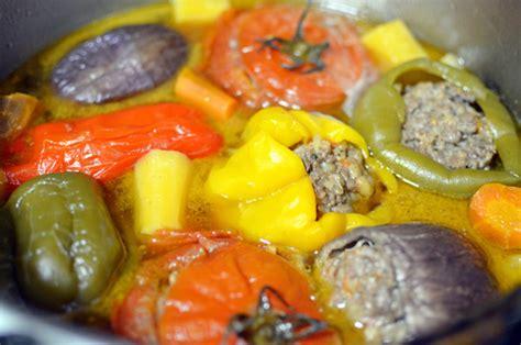 uzbek cuisine food dolma shurpa uzbek stuffed vegetable broth food perestroika